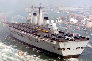 R05-HMS-Invincible-032